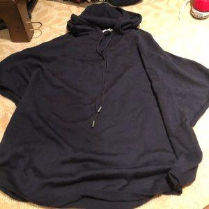 Navy blue short sleeve pullover